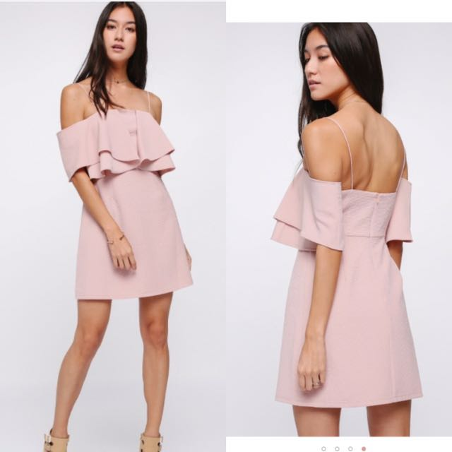 493f6fb2930d Love Bonito Theora Off Shoulder Dress, blush S, Women's Fashion, Clothes,  Dresses & Skirts on Carousell