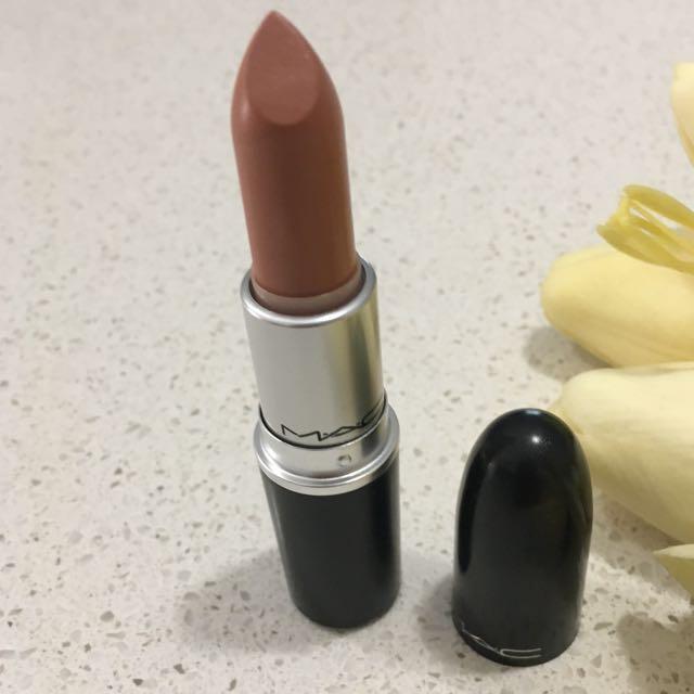 MAC Lipstick (Peachstock) *Brand New*