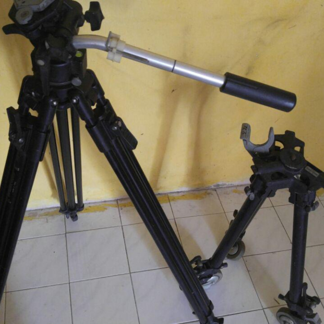Manfrotto Tripod With Dolly Photography On Carousell Profesional Video Kits Kingjoy Vt 2500 Photo