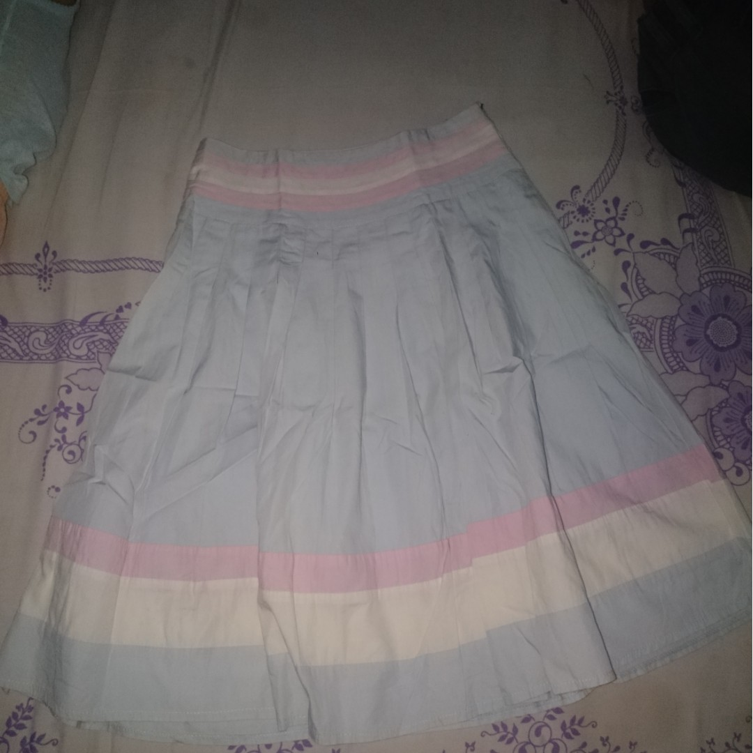 Midi skirt pastel
