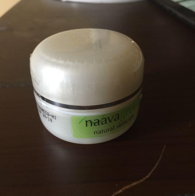 Naavagreen Moist CC Cream