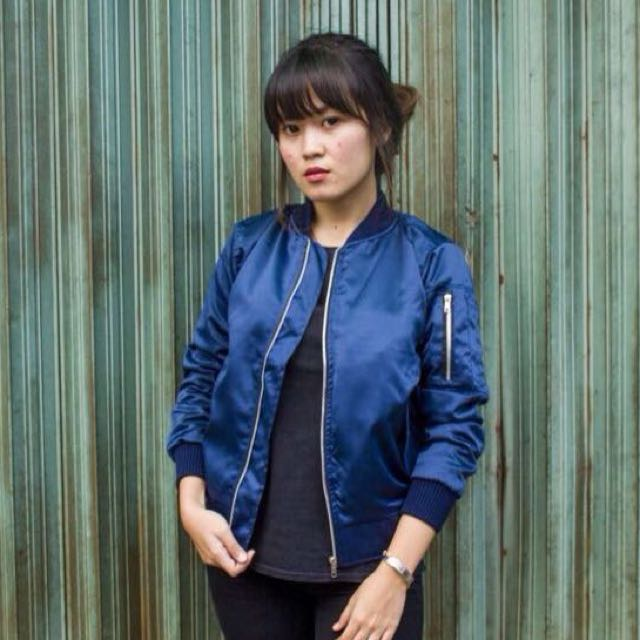 New jaket bomber navy
