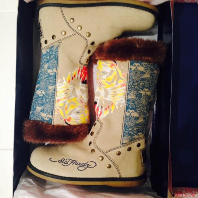 *New* Size 7 Ed Hardy Boots