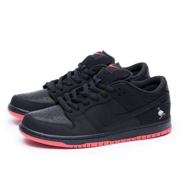 Nike SB Dunk Low Pro 'Black Pigeon'