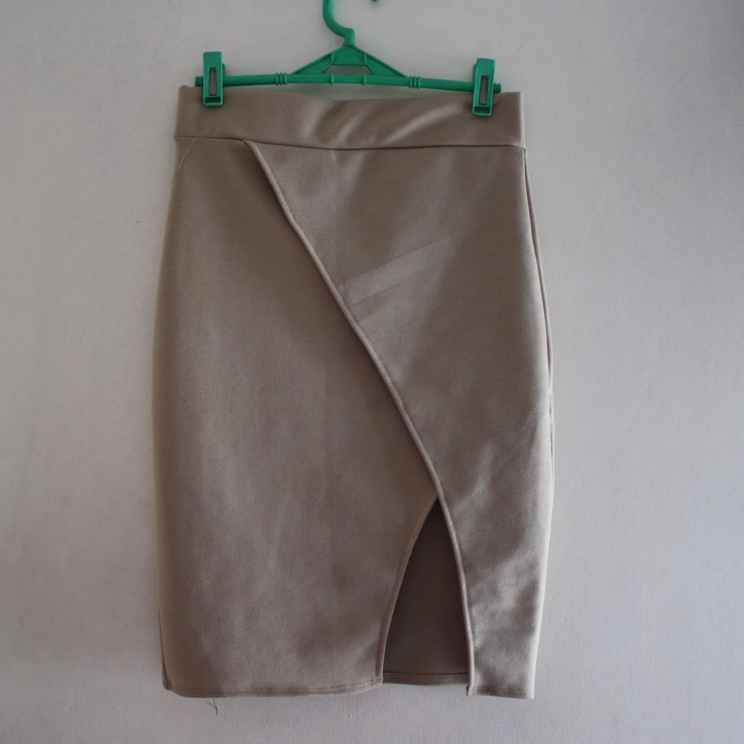 Nude Overlap Skirt