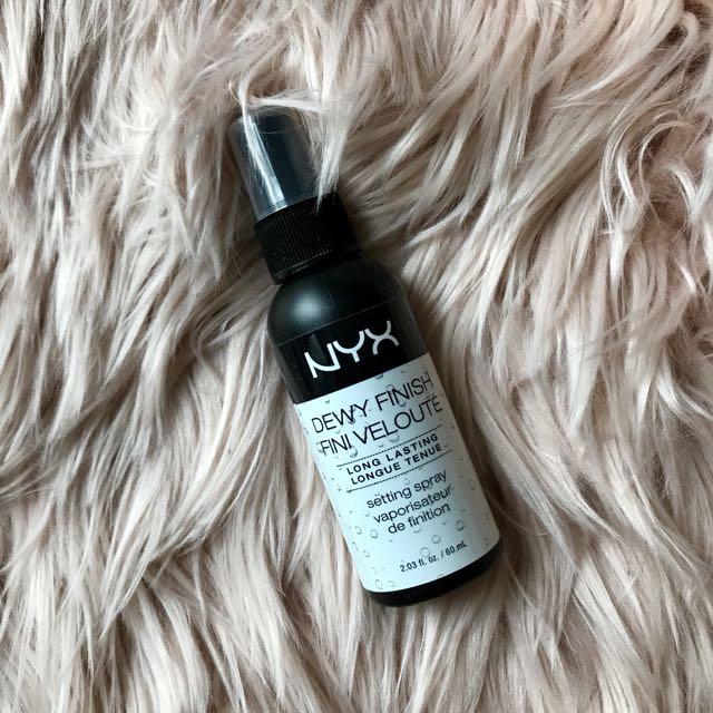 [NYX] Dewy Finish Setting Spray