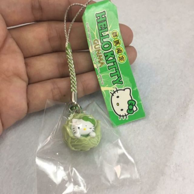 ORIGINAL HELLO KITTY KEYCHAIN FROM JAPAN ! ❤️
