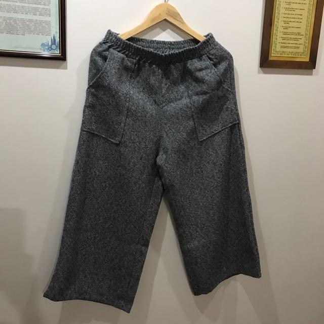 Pocket detail wool culottes by Zalora