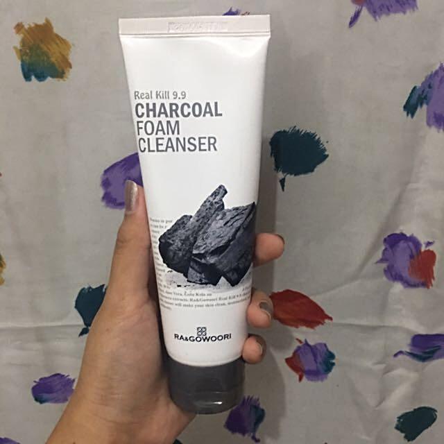 Ra & Gowoori Real Kill 9.9 Charcoal Foam Cleanser