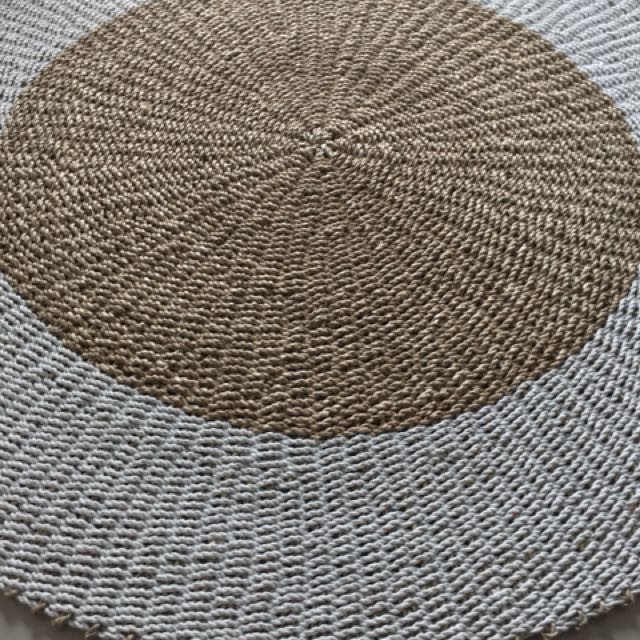 Rattan rug