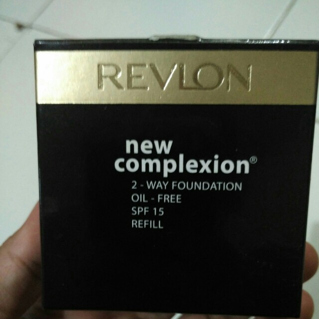 Revlon Two way New Complexion