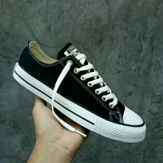 Sepatu Converse Chuck Taylor All Star Low Top