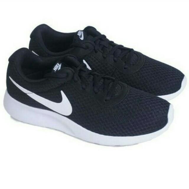 77a77dc0d Sepatu Nike tanjun (black-white)