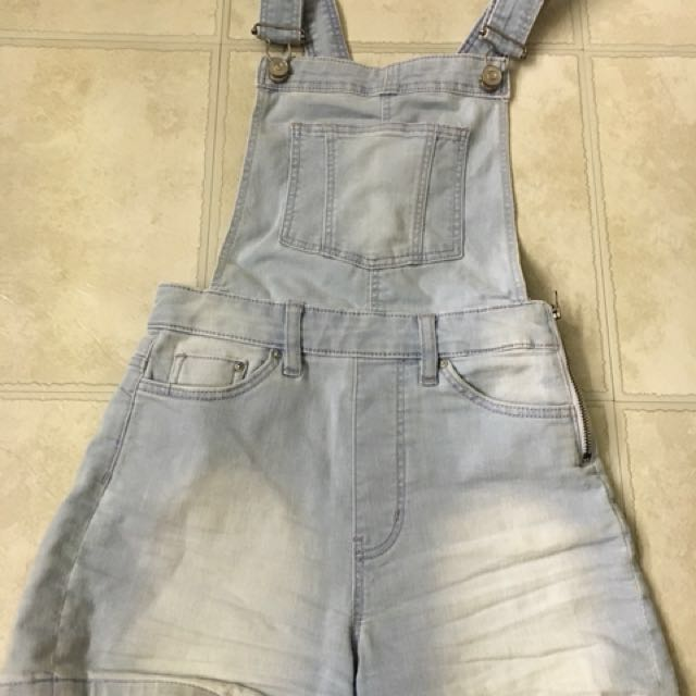 Size 2 // H&M Overall Shorts