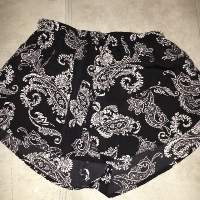 Size S // Bandana Shorts