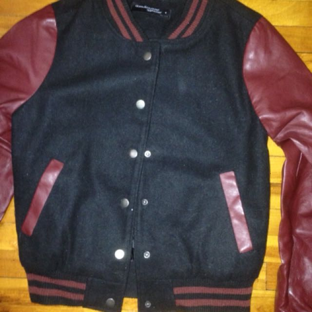 Size S // Varsity Jacket