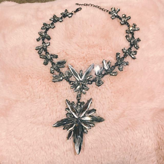"""""""Starburst"""" Crystal Flower Statement Choker Necklace"""