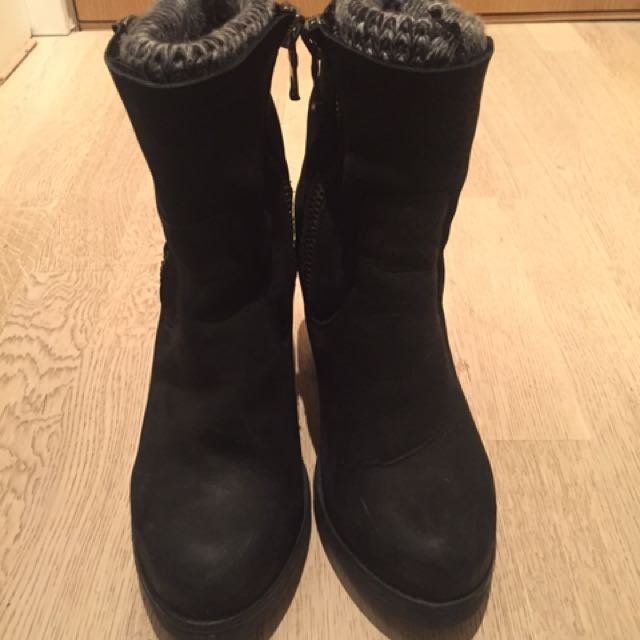 Steve Madden black sweater boots