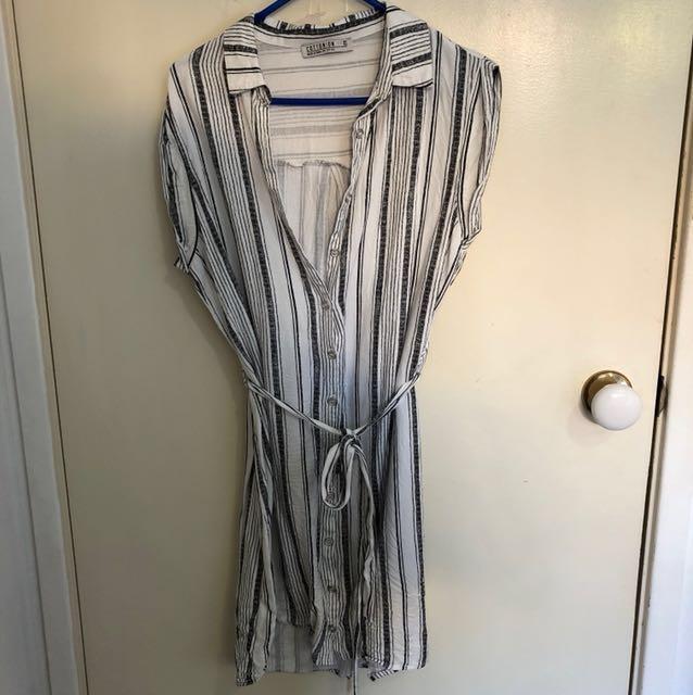 Striped front tie beach dress size XS