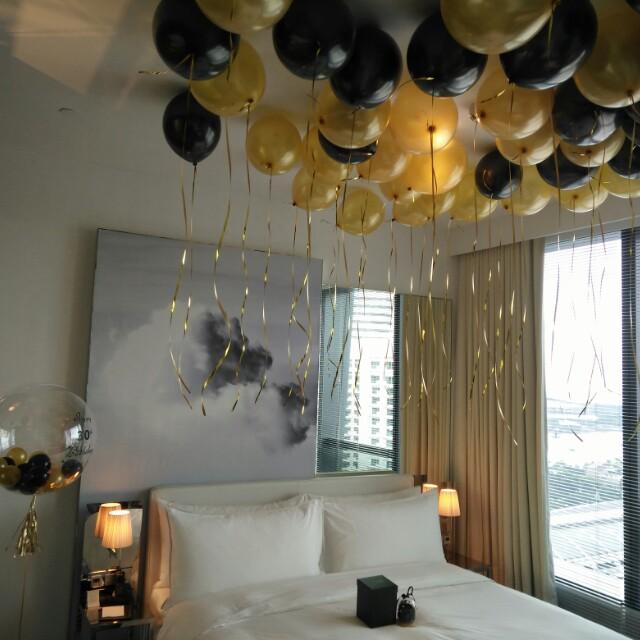 Surprise birthday hotel room balloon deco design craft for Hotel room decor for birthday