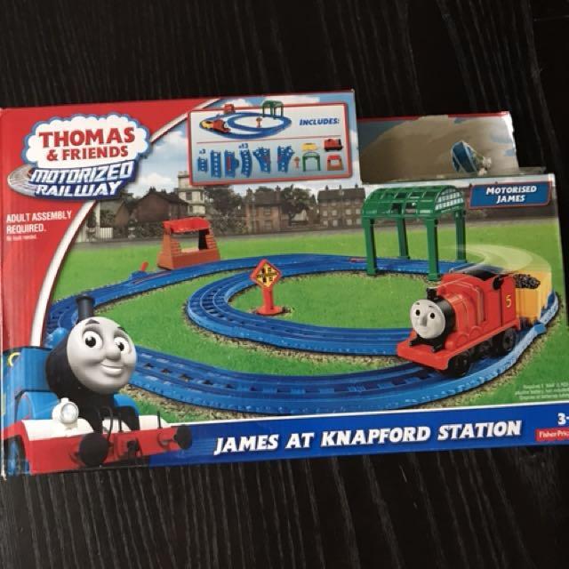 Thomas & friends motorized railway James at Knapford Station