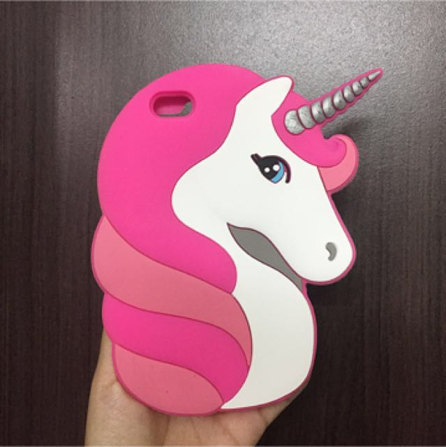 Unicorn iPhone 6 Case from New Look