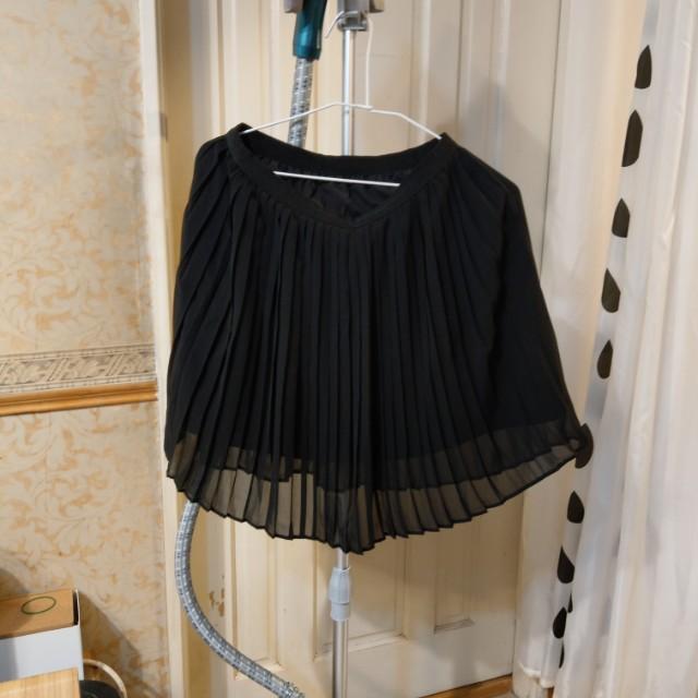 UNIQLO 黑色百折雪紡紗群組-M