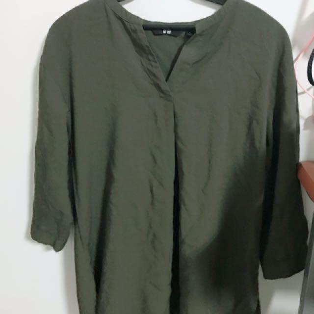 Unique 超輕盈墨綠襯衫