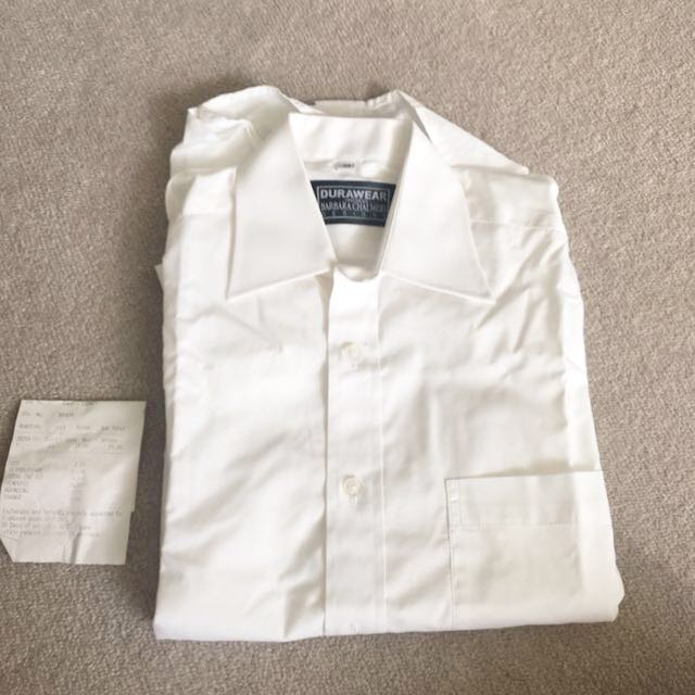 White shirt hospitality standard. Great quality unisex. Men women