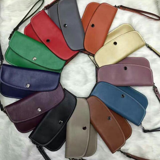 YC- Coach Leather Pouch