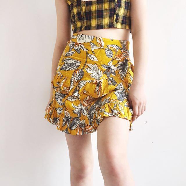 Yellow floral ruffle mini skirt