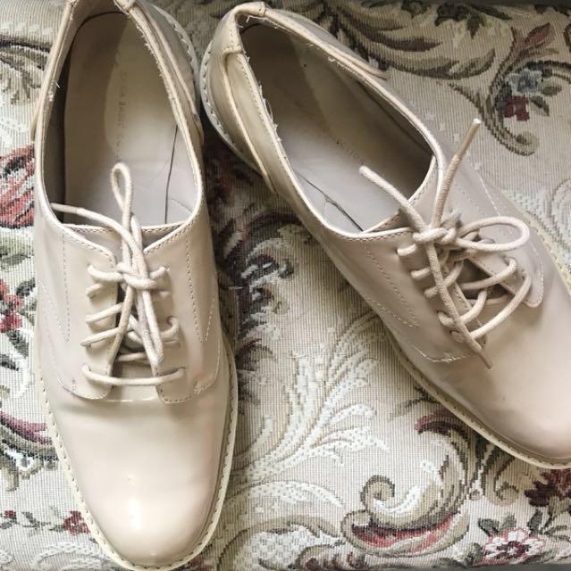 Zara 杏色厚墊綁帶休閒鞋