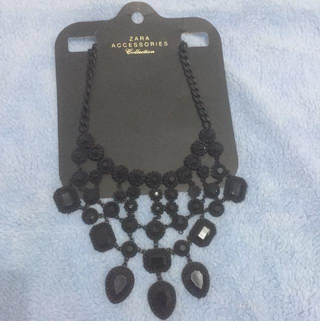 ZARA kalung accessories