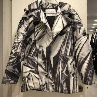 原價7899 Kye men's oversized fur jumper white multi printing