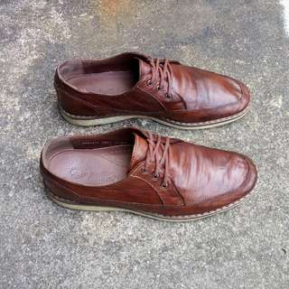 Sepatu Buffalo