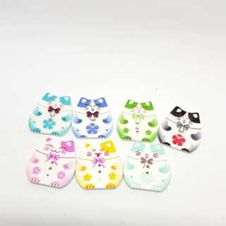 12.12 sale Buttons Wooden Lucky Cat 7pcs