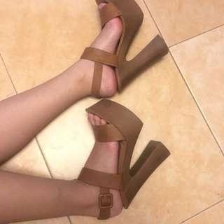 Wooden 6.5 inches Heels.