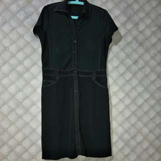Dress black motif garis