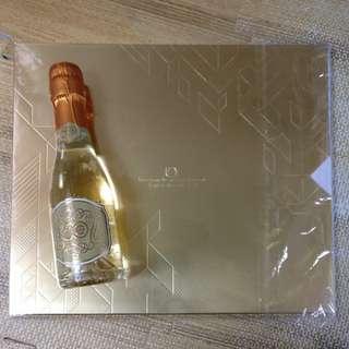 TVB50週年紀念郵票及氣酒
