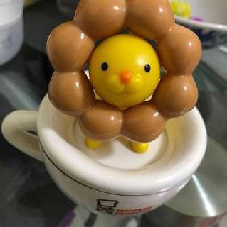 🚚 波堤獅發條玩具旋轉咖啡杯mister donut
