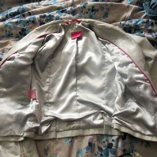 LIGHT GREY 100% LEATHER MACKAGE JACKET SIZE MEDIUM