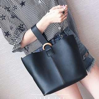 BUY 1 GET 1 Bucket Bag Hitam DAPAT Tas Slempang Hitam (shoulder Bag Hitam)