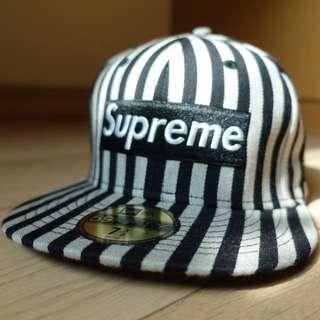 Supreme 帽