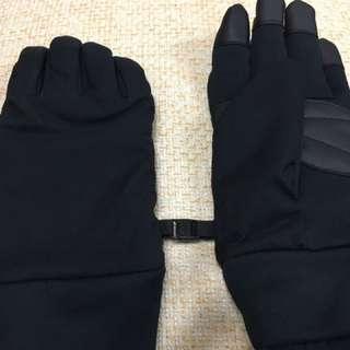 Uniqlo 機能防風手套