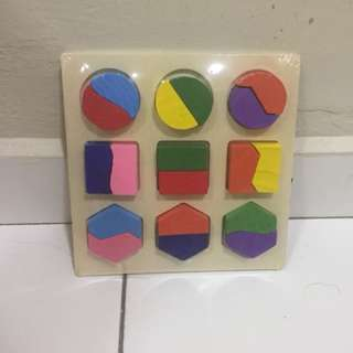 Shape Puzzles Board