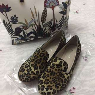 Parisian leopard shoes