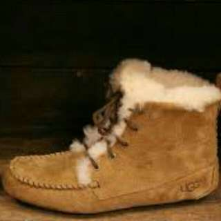 Ugg Pure Booties Size 8