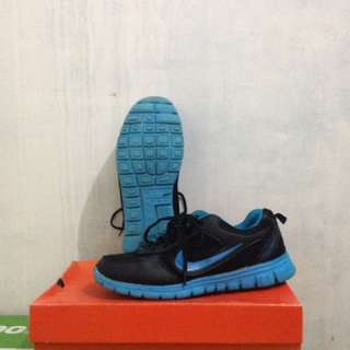 Sepatu Nike Running Blue size 40