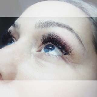 60% off deal! Only $55 eyelash extensions!