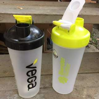 (Retails $10) Bpa free protein drink carriers